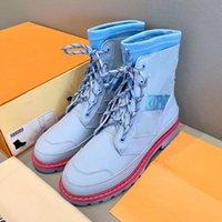 2002 مصمم العجائب Ranger Beaubourg النساء أحذية الكاحل إمرأة كالفسكين مارتن الجوارب الأزياء التمهيد جودة عالية الفضي للسيدات ديسكفري 35-41
