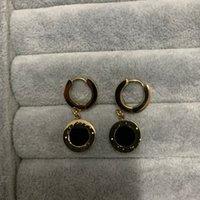 اللون تبقي وقت طويل سعر المصنع الفتيان الفتيات الشرير الأسود مسمار 316l التيتانيوم الصلب الذهب الفضة إلكتروني القرط النساء الرجال بوي أقراط مجوهرات بالجملة