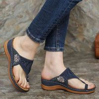 Women's Sandals Ladies Clip Toe Wedges Thong Retro Shoes Fashion Embroidery Platform Buckle Casual Female Beach Shoes New 210408
