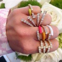 Anillo de dedo ajustado del esmalte de neón colorido de verano para mujeres anillos de racimo de joyería de moda fluorescente