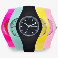 Designer luxury brand watches Fashion Men Women Cream Color Ultra-thin Gift Silicone Strap Leisure Geneva Wrist Women's Jelly es