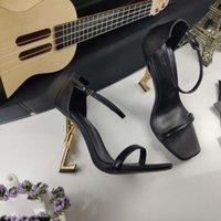 15 Couleurs Style de luxe Designer de luxe 10,5 cm Chaussures à talons hauts Rouge Fond Nde Couleur Nu Cuir Dot Toe Pompe Caoutchouc N29 S33