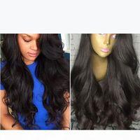 Perruques synthétiques Cheveux synthétiques pour femmes noires Synthetic dentelle avant Perruques de fronzage Naturel ColorL bon marché Perruque de cheveux avec une frange latérale en stock