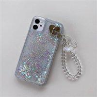Bonito Borboleta Pulseira Chain Chain Capas de Telefone Glitter Back Tampa Líquida QuickSand Bling Improof à prova de choque para iPhone 12 Pro Max 11 x Xs 8