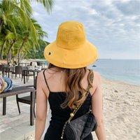 Travis Scott Bucket 모자 여성 자외선 차단제 여행 패션 레저 어부 모자 봄과 여름 단색 디자이너 모자에 간단한 매력적인 자수