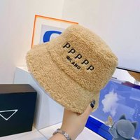 패션 디자이너 편지 Mens Womens Foldable Caps 검은 어부 해변 태양 바이저 넓은 모자 접는 숙녀 중산 모자 베르베르 양털