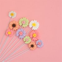5pcs lot Artificial Garland Cake Topper For Happy Birthday Party Cake Gift Decoration Daisy Flower Cake Toppers New Year