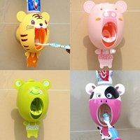 Karikatür Diş Macunu Sıkacağı Dağıtıcı Güçlü Emme Enayi Banyo Diş Fırçası Tutucu Otomatik Diş Fırçası Çocuk Hediye Banyo Aksesuar Seti