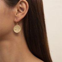 European Moon Star Round Stud Earring Alloy Pockmarked Pendant Earrings Hook Women Business Party Gift Gold Ear Drop Jewelry Accessories Wholesale