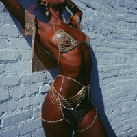 Мода Crystal Crystal Chean жгут жгут 2 шт для женщин горный хрусталь блестки металлические цепи фестиваль вечеринки бюстгальтер топ и шорты два платья