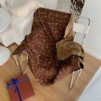 Hohe Qualität Freizeit Reisedecke Modeschal Luxuriöse Klassische Schriftzug NAP-Kfz-Decken Kostenloses Schiff
