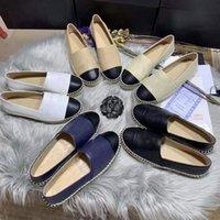 021 Top Designer Famoso Marca Moda Couro Casual Sapatos Casuais Dress Dress Espadrilles Flat Bottom Street Fisherman's Summer Colar Tamanho EUR com caixa