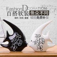 Dekoration Zubehör Möblierung Fernsehkabinett Hochzeitsgeschenke Keramik Handwerk Ornamente auf Schwarzweiß Paar Kuss Fisch