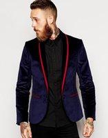 Bel Velveteen Groomsmen Scialle Scialle Groom Smoking Uomo Abiti da sposa / Prom / Dinner Blazer (Giacca + Pantaloni + cravatta) 065 Blazer da uomo