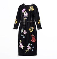 Estilo de outono do vestido precoce, Europa estação high-end personalizada - feita redonda coleira de pregos de pregos bordado bordado bordado com nádega