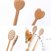 NewCute Hollow Out Love Formado de madera Miel de madera Madera Miel Spoon Stick Dipper Hitirrer Accesorios de cubiertos Gadget de cocina EWA4390