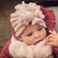 Massive Polar Fleece Mützen Winterkappen Ohrenschellen Säuglinge Baby Mädchen Plüsch Haarwrap Hüte Stirnbänder Teddy Bow Wärmer Headwear Schädelkappen Haarwrapps H10R9R1