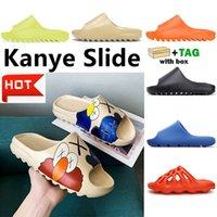 Kanye Clog Sandal West Men 블랙 슬라이드 슬리퍼 여성 뼈 수지 사막 Tainers Mens Womens 디자이너 비치 샌들 슬립 온 낙서 고무 신발 36-45