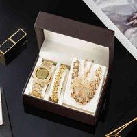 Diseñador Luxury Brand Relojes Set Oro ES Collares Pulsera Cadena Cubana Mariposa Rhinestones Bling Joyería 4pcs Conjuntos Regalos para Mujeres