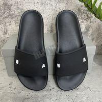 En Kaliteli Erkek Bayan Terlik Yaz Kauçuk Sandalet Plaj Slayt Moda Scuffs Üç Boyutlu Yazı Tipi Kapalı Ayakkabı Boyutu 36-46 Kutusu Ile