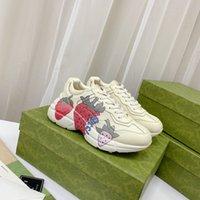 Rhyton عارضة أحذية رجالية النساء مصمم أحذية رياضية 620185 99WF0 4371 خمر مصممين أزياء chaussures سيدة الأحذية 01