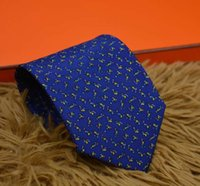 Gravata Perfeita 100% Puro Stripe Designer Clássico Gravatas Nas Gravatas Casamento Masculino Casual Casual Gravatas Caixa de Presente Embalagem