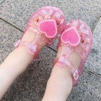 Çocuklar Kızlar için Yaz Jelly Sandalet Şeffaf Temizle Plastik Slaytlar Terlik Çocuk Eğlence Spor Ayakkabı Prenses Stil Parti Spor Plaj Yağmur Botları H41RL4J
