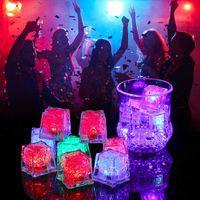 Neuheit Beleuchtung RGB LED blinkte Eiswürfel Lichter Wasser Taucher Flüssigkeitssensor Nachtlicht für Club Hochzeit Party Champagner Tower Weihnachten festlich