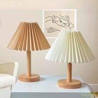 Table Lamps Modern Simplicity Pleated Skirt Lampshade Lamp Acryl Desk For Bedroom Living Room Bedside With LED Bulb