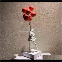 Sanat ve El Sanatları Lüks Balon Heykelleri Banksy Uçan Balonlar Kız Sanat Heykel Reçine Zanaat Ev Dekorasyon Noel Hediyesi 57 cm TB DU14V