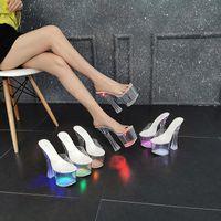 Pantofole 10367-88 Tacco spesso Luminoso Hentian Hentian High Night Club Scarpe Sandali Donne da donna Show Acciaio Danza tubo