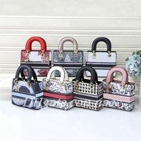 2021 Marke Designer Umhängetaschen Damen Temperament Mode Luxus Leder Kameras Tasche Handtasche Größe 20 * 8 * 17 cm