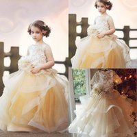 Stunning Lace A Line Tiered Flower Girl Dresses For Wedding Appliqued Toddler Pageant Gowns Sheer Bateau Neck Backless Kids Prom Dress