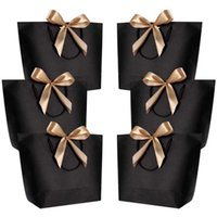 誕生日パーティーの好意大規模ギフトボックス包装ゴールドハンドルバッグクラフト紙の包装紙のウェディングベビーシャワー