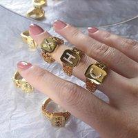Zirkon Anfangsbuchstaben Ringe für Frauen Verstellbarer breiter Manschettenring mit Armband-Link-Kette Vintage Schmuck Anillos Bague-Cluster