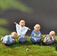 Kung Fu Cartoon Monk Figurine Fiasta Giardino Giardino Miniature Ornamenti Decorazione terrestre Moss Micro Micro Paesaggio Resin Artigianato
