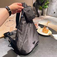 유니섹스 디자이너 가슴 가방 메신저 가방 어깨 가방 핸드백 고품질 크로스 바디 나일론 가방 심장 - 모양의 장식 타포린 도매 42cm