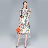 Luxe Floral Broderie Vintage Midi Robe Femmes 2021 Designer Bureau à manches courtes Élégante Robes A-Line Summer Été Automne Gorgeon Gorgeous Col O-Colon Frocket
