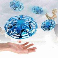 الإيماءات الاستشعار ufo الطائرات لعبة ذكي الحث أربعة محور التحكم عن طائرة بدون طيار الأطفال الجدة اللعب الطائرات بدون طيار