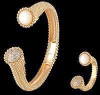 Gioielli Braccialetto di lusso Moda esagerata Classic Classic a forma di U Zirconia Zirconia Braccialetto anello set da donna WJL4704