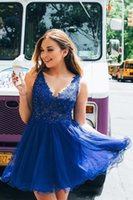 Summer A Line Homecoming Dresses Beaded Applique Lace V Neck Graduation Party Gowns Backless Tulle Short Prom Dress M103