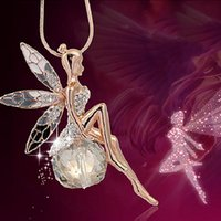 Pendant Necklaces Vintage Butterfly Fairy Necklace Women Fashion Sweater Chain Charm Crystal Angel Wing Party Jewelry