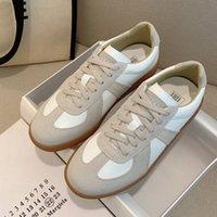 디자이너 여성 Maison Martin 플랫폼 신발 벨기에 브랜드 Gat 빈티지 Luxurys 디자이너 신발 스포츠 독일 트레이너 야외 부츠 레트로 스니커즈 플랫 chaussures