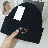 Yüksek Kaliteli Beanie Unisex Örme Şapka Ekose Harfler Rahat Kafatası Kapaklar Spor Bayanlar Rahat Açık Beanies Moda Şapkalar