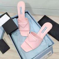 Vendita diretta della fabbrica Pantofole da donna Moda Testa quadrata Vera vera Pelle Medio Tacco di Street Dress Street Show 6.5cm con scatola