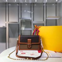 Bolsos de hombro de Mini Dauphine de primera calidad Lujos de lujo Diseñadores Bolsos para mujer Totes Bolso de cuero genuino Moda Monederos Monederos Mujer CL