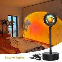 Lampes de table USB Rainbow Sunset Sunset Red Projecteur LED Night Sun Light Sun Lampe de bureau de projection pour chambre à coucher Barre de café Magasin de café Décoration murale