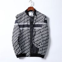 Chaqueta casual para hombre Slim Classic Impressted Trench abrigo con letras lujosas invierno y otoño hombres de alta calidad para hombres de manga larga abrigos más M-3XL