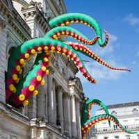 Aangepaste reus reclame outdoor groene gigantische opblaasbare halloween-octopus tentakels inkvisvoeten voor festival decoraties speelgoed sporten
