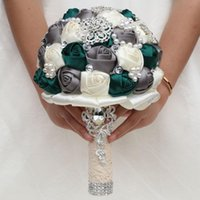 Wedding Flowers Artificial Bride Birdesmaid Bouquets Multicolor Ribbons Roses Bouquet With Crystal Brooch Bridal Holding